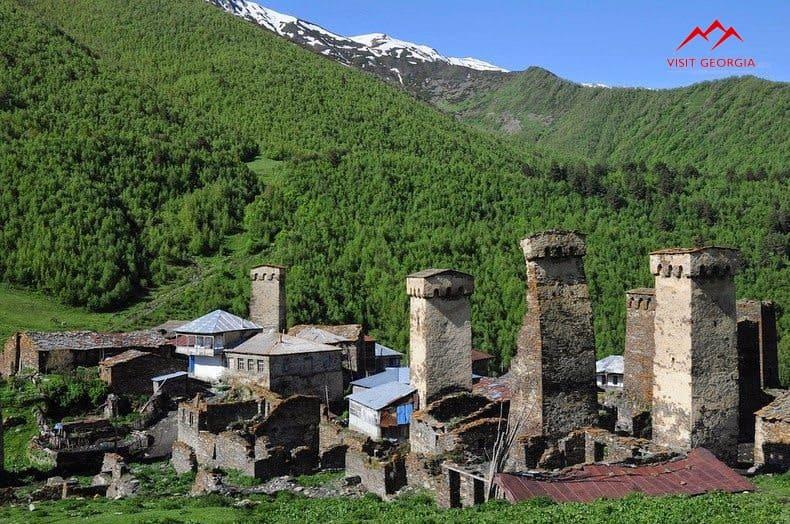 Главная - Фото The-Stone-Towers-Of-Svaneti-Georgia